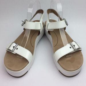 UGG Angie Platform Sandal sz 8